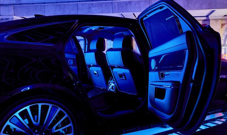 Jaguar XJ Indoor