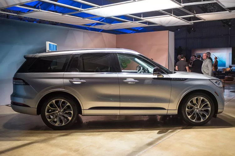 2020 Lincoln Aviator Exterior