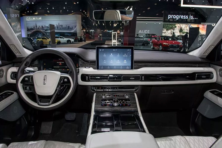 2020 Lincoln Aviator Interior