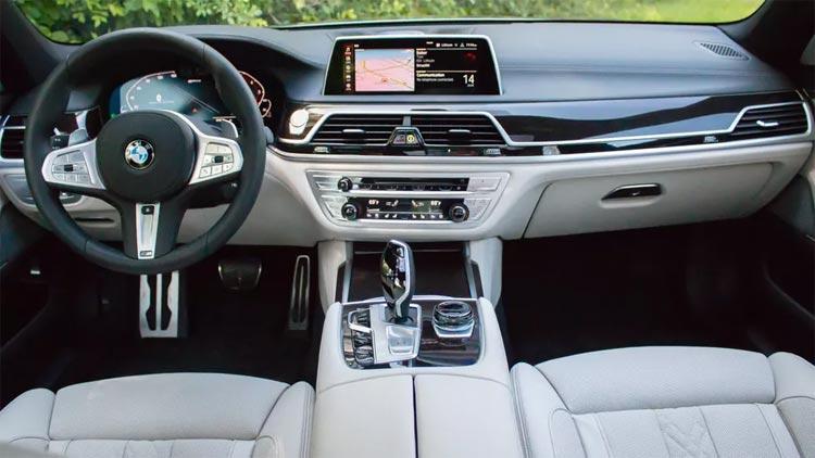 2020 BMW 745e xDrive iPerformance Interior